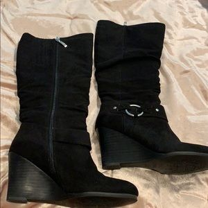 Black Suede Guess Women's Boots